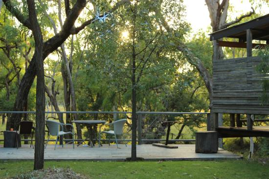 Chinchilla, Australia: outdoor area with view to the river