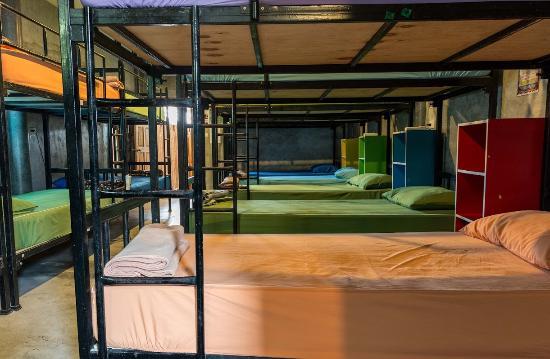 Slumber Party : Our comfie dorms