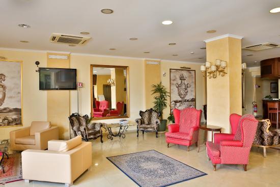 Hotel San Vincenzo: Salle de séjour