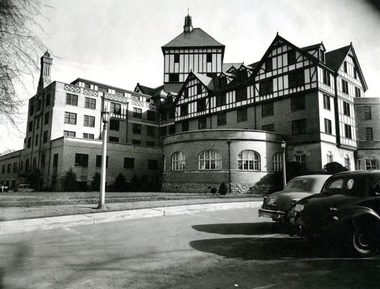 The Hotel Roanoke & Conference Center, Curio Collection by Hilton: Hotel Roanoke