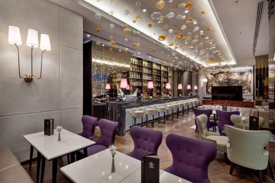 Ankara HiltonSA: Lotus Bar