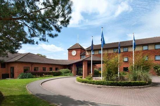 โรงแรมฮิลตัน มิลตัน คีนส์
