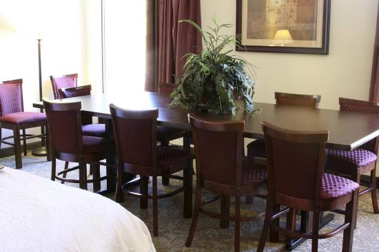 คุตตาวา, เคนตั๊กกี้: King Hospitality Suite