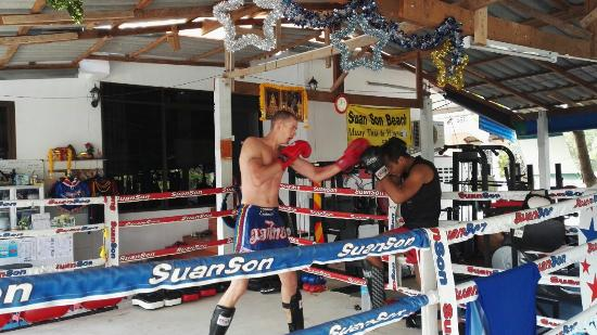 Klaeng, Tajlandia: Suan Son Muay Thai Gym &  Fitness Center