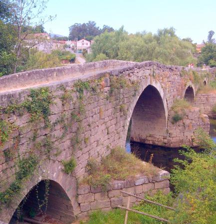 Puente Romano de Ponteareas (verano)