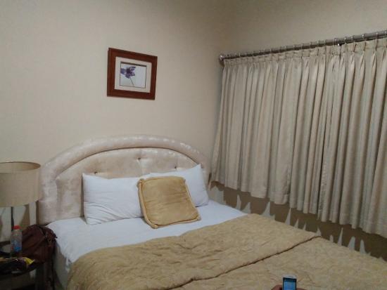 Banjar, Indonesien: Deluxe Room