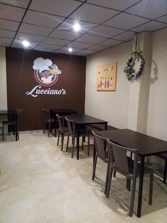Lucciano's Pizza & Cafe