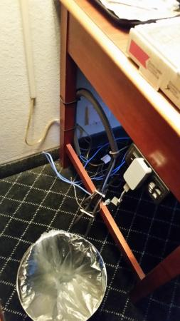 dirty chair in room picture of la quinta inn by wyndham rh tripadvisor com