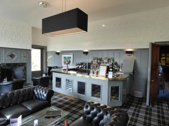 Wrea Head Hall: Bar area