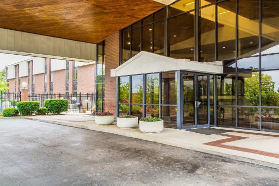 Quality Inn & Suites Dayton South / Miamisburg: Exterior