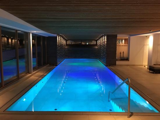 Pool mit Gegenstromanlage - Bild von Hotel & Restaurant Tannenhof ...