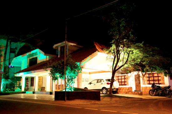 Ledhi Art Cafe