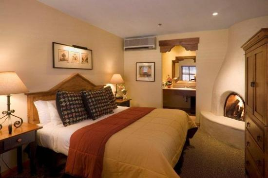 Old Santa Fe Inn: Guest room