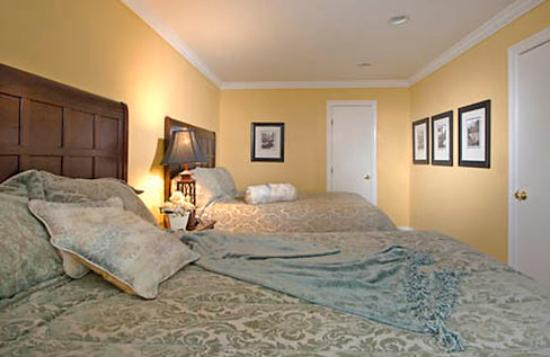 cottages monterey grove tripadvisor breeze reviews california to shore photos review sea and walk ca updated pacific prices county inn hotel cottage