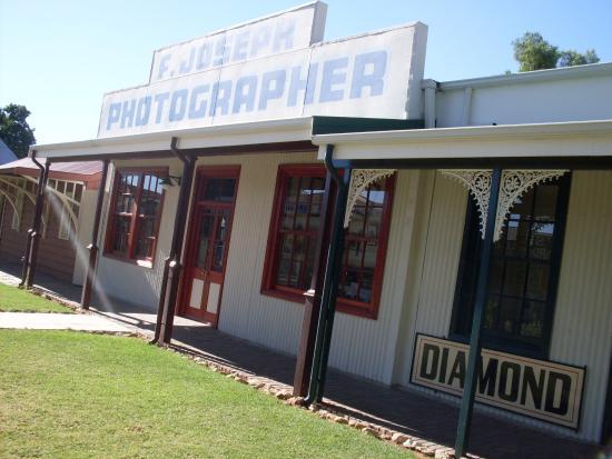 the local photographer picture of the big hole kimberley rh tripadvisor co za