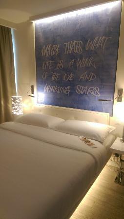 Hotel N'vY: IMAG5551_large.jpg