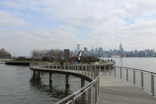 Hoboken Waterfront Walkway Hudson River Walk Just In Fornt Of W Hotel