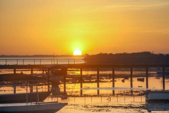 Bluewater Maribago Beach Resort Photo