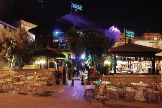Coto's Pub