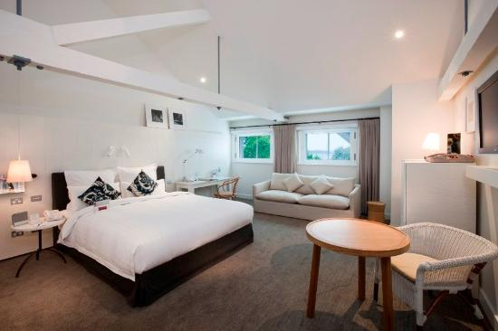 Pier One Sydney Harbour, Autograph Collection: Heritage King Deluxe Room