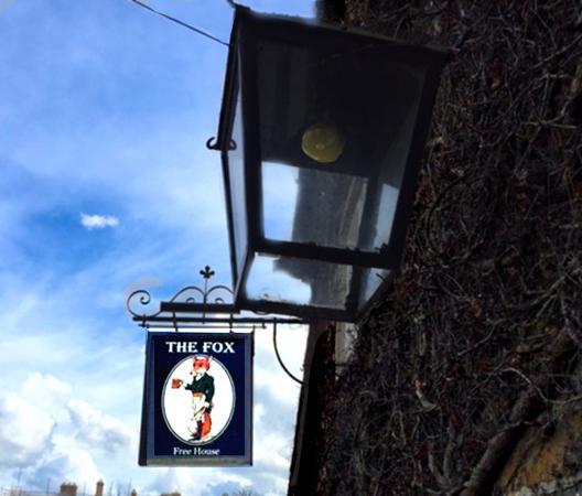Lower Oddington, UK: The Fox In Free House- Sign -photo PR