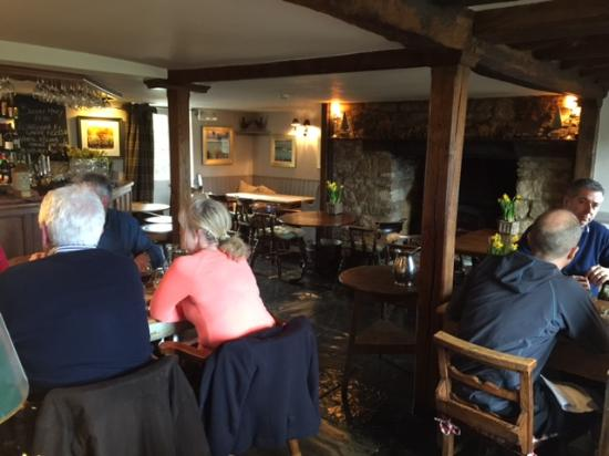 Customers Dining at Fox Inn -Lower oddington Cotswolds- photo PR-