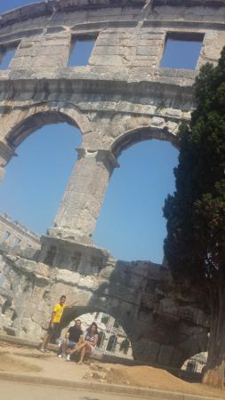 The Arena in Pula: Antika