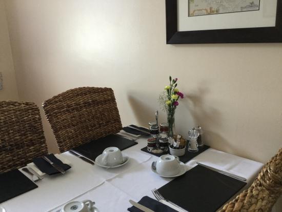 Bythesea: Dining room