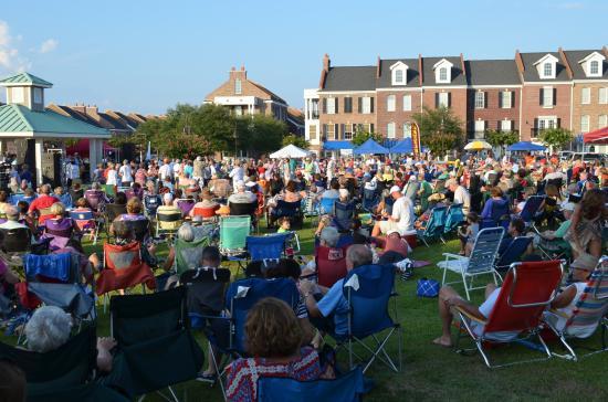 Sunset Beach Concerts Photo