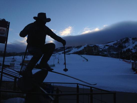 Chateau Chamonix by Mountain Resorts: Billy Kidd statue awaits sunrise at Steamboat Springs, the ski-in-ski-out Chateau Chamonix on ri
