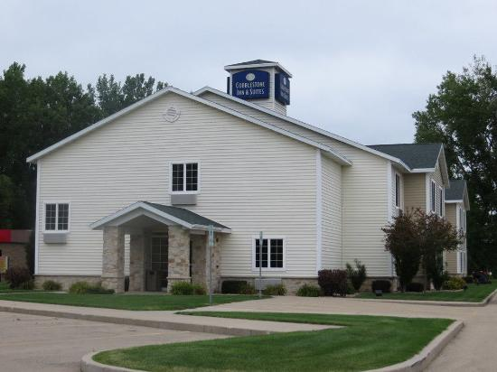 Brillion, WI: Front Hotel