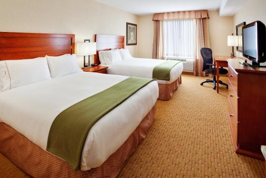 Holiday Inn Express Hotel & Suites Clarington - Bowmanville: Queen Bed Guest Room