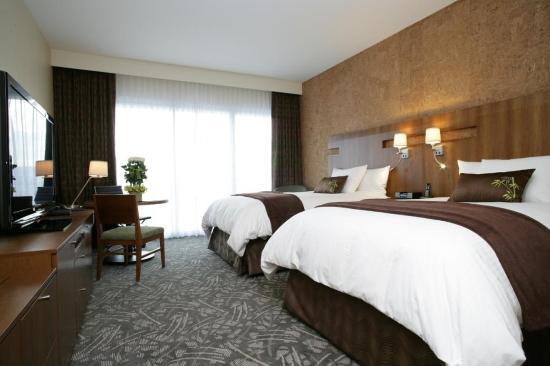 Miyako Hybrid Hotel: Double Double Room