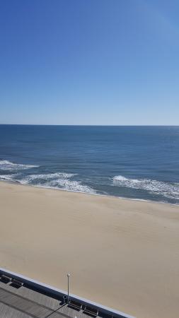 Beach - Holiday Inn Hotel & Suites Ocean City Photo