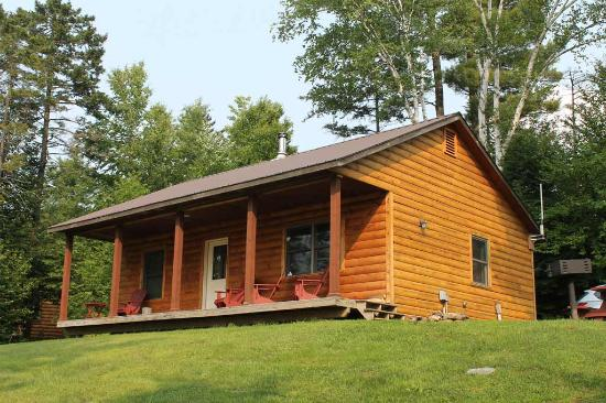 Sterling Ridge Resort: Enjoy the privacy of your very own cabin
