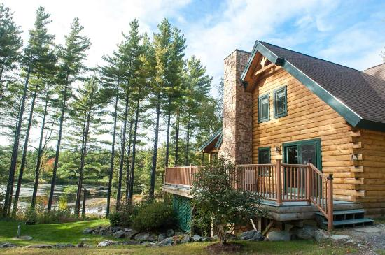 Jeffersonville, VT: The Field and Stream Dream Cabin