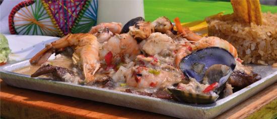 Palanqueras Comida Tipica Colombiana