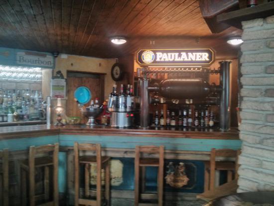 Cerveceria Louisiana: Barra
