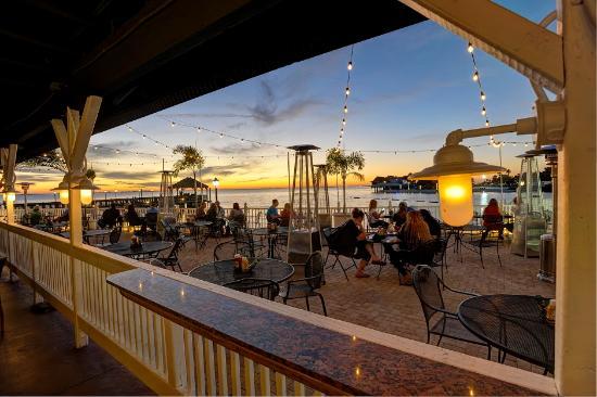 The Frey Hotel Cabanas Tampa Beach Bay