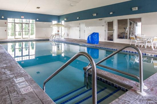 Lodi, WI: Pool