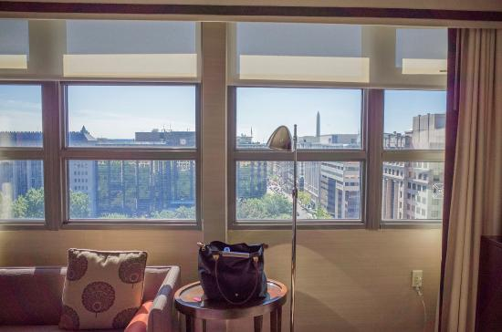 looking out the windows facing the bed picture of hamilton hotel rh tripadvisor com