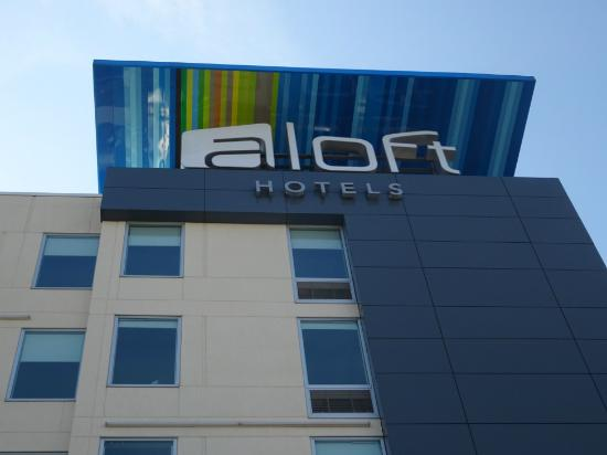 photo2 jpg picture of aloft buffalo airport cheektowaga tripadvisor rh tripadvisor co za