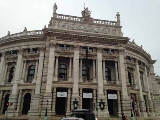 Burgtheater picture of burgtheater vienna tripadvisor for Tripadvisor vienna
