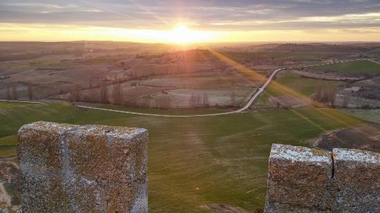 Penaranda de Duero, Spanyol: Vistas del atardecer desde la torre del Homenaje