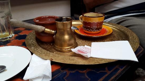 True turkish coffee picture of salon de te cordoba for Salon de te
