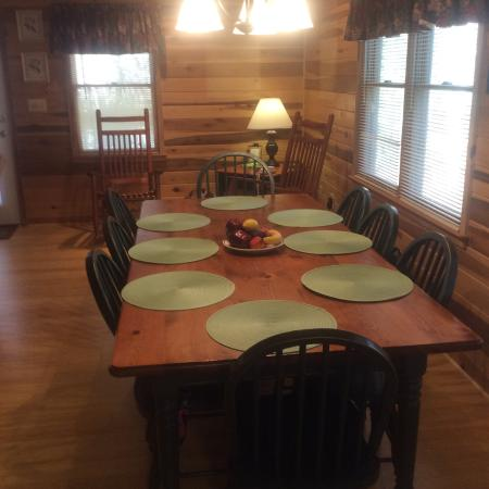 Tanglewood Cabins: Happy Days Cabin 80