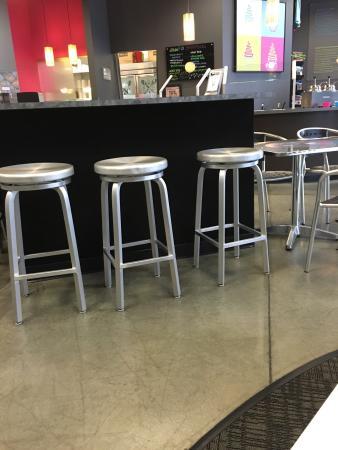 Di'lishi Frozen Yogurt Bar - Greensboro