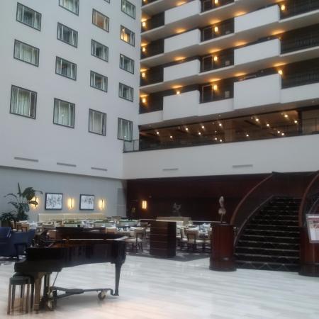 lobby restaurant picture of hilton nashville downtown nashville rh tripadvisor com