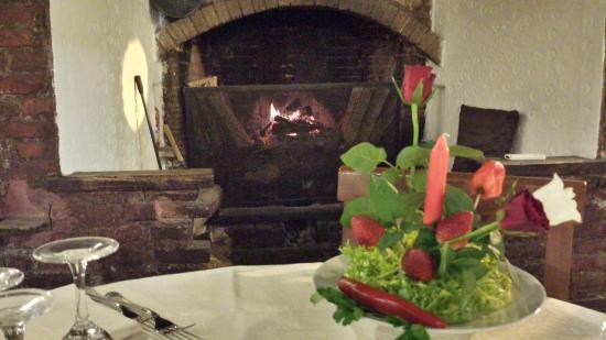 Ristorante ristorante il naviglio grande in milano con for Il naviglio grande ristorante