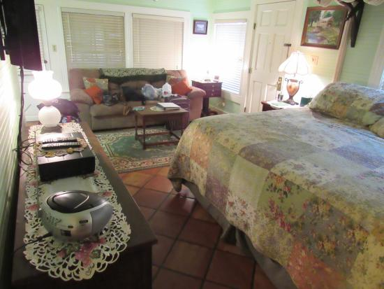Two Wee Cottages Bed Amp Breakfast Updated 2018 B Amp B